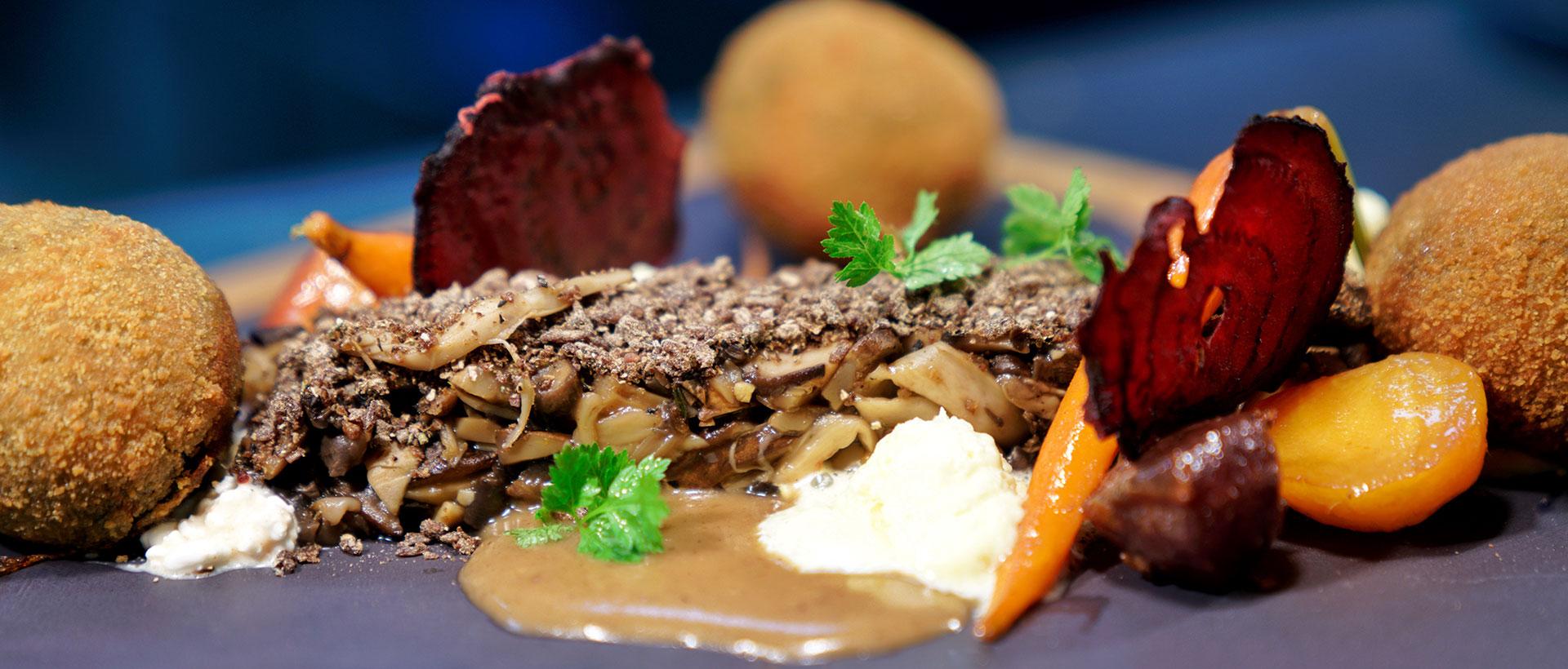 Vegetarisches Gericht im Restaurant Bückingsgarten in Marburg